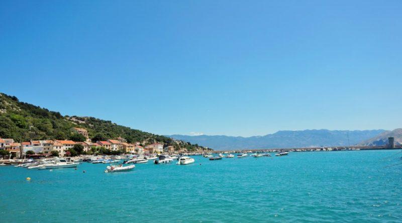 strand in der stadt baska