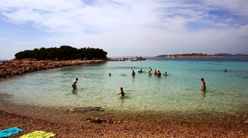 strand kroatien auf der insel murter